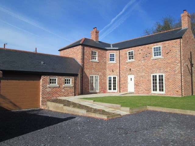 4 Bedrooms Detached House for sale in Church Street, South Leverton