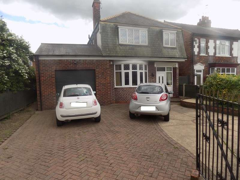 3 Bedrooms Detached House for sale in Bigsby Road, Retford