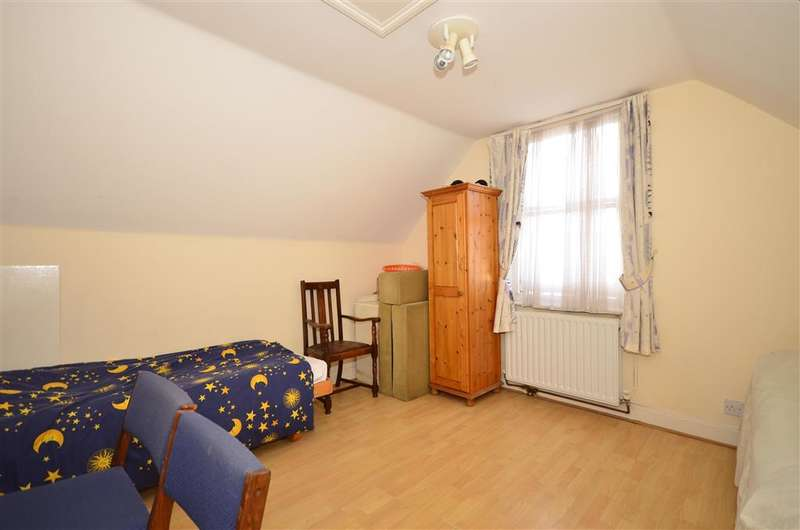 4 Bedrooms End Of Terrace House for sale in Grange Road, Ramsgate, Kent