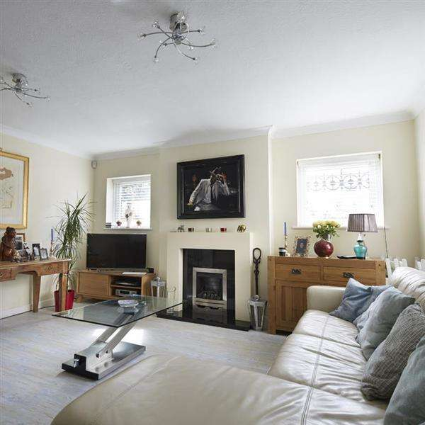 1 Bedroom Flat for sale in Sackville Road, Hove