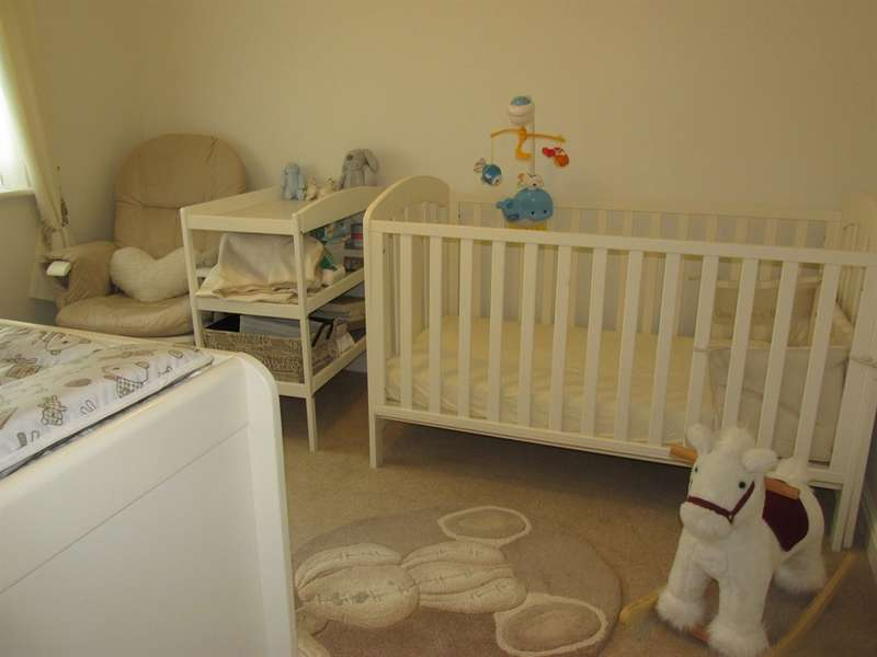 4 Bedrooms Detached House for sale in Ivy Close, Trelewis, Treharris