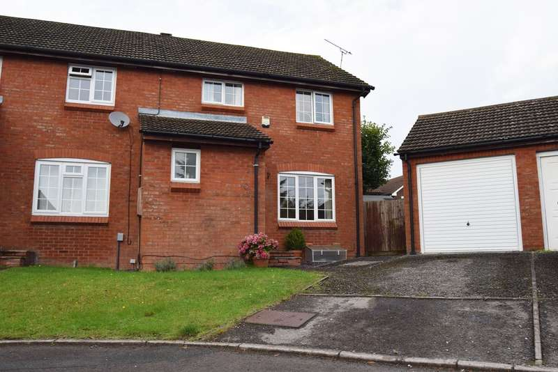 3 Bedrooms Semi Detached House for sale in Highwood Close, Woodhall Park