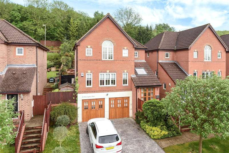 4 Bedrooms House for sale in Barrington Drive, Harefield, Uxbridge, Middlesex, UB9