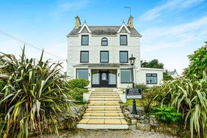 6 Bedrooms Detached House for sale in Abersoch, Gwynedd, LL53