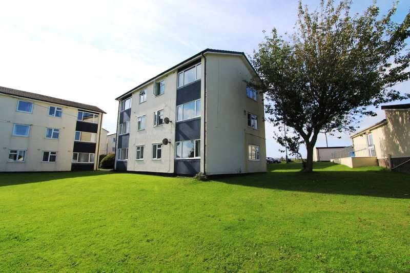 3 Bedrooms Ground Flat for sale in Trevorder Road, Torpoint
