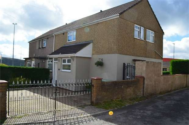 3 Bedrooms Semi Detached House for sale in Lasgarn View, Varteg, Pontypool, Torfaen