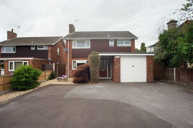 3 Bedrooms Detached House for sale in Hightown Road, Ringwood, Hampshire