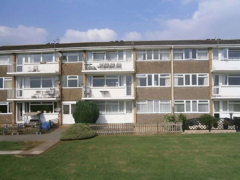 2 Bedrooms Flat for sale in Pamington Fields, Ashchurch, Tewkesbury