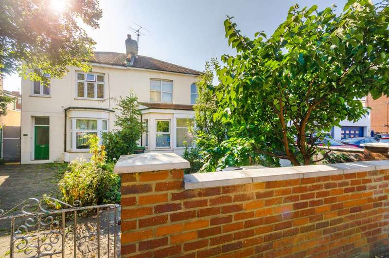 3 Bedrooms House for sale in Lordship Lane, Wood Green, N22