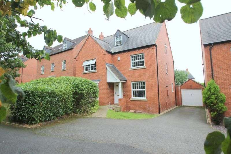 4 Bedrooms Detached House for sale in St. Peters Way, Stratford-Upon-Avon