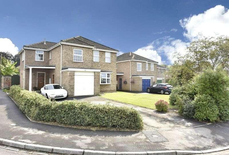 5 Bedrooms Detached House for sale in Grasmere, Trowbridge