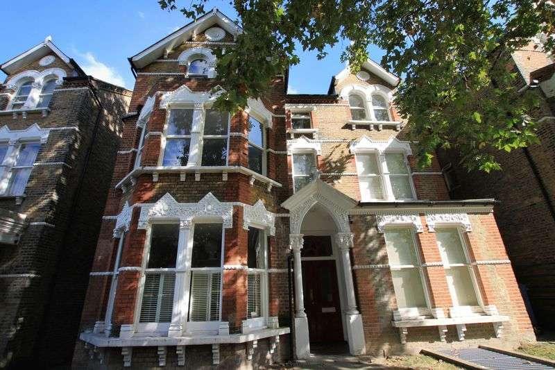 1 Bedroom Flat for sale in Breakspears Road, Brockley