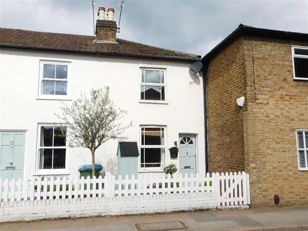 2 Bedrooms Terraced House for sale in Thorkhill Road, Thames Ditton