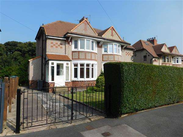 3 Bedrooms Semi Detached House for sale in Windermere Road, Bradford