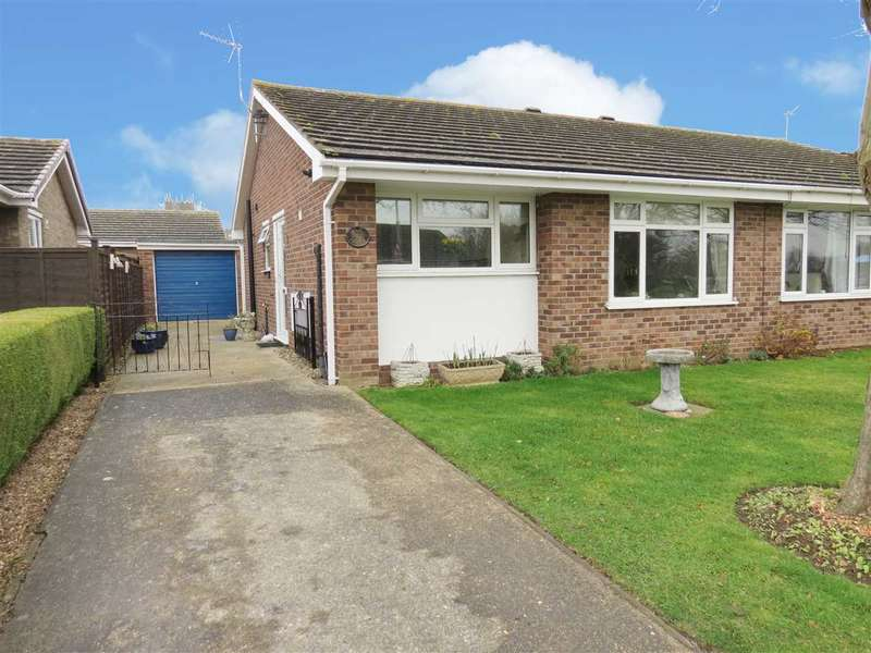 2 Bedrooms Semi Detached Bungalow for sale in Orchard Close, Great Hale