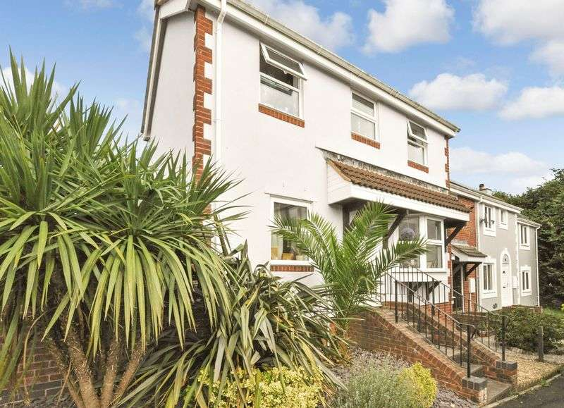 3 Bedrooms House for sale in Kings Coombe Drive, Kingsteignton