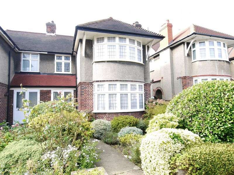 3 Bedrooms Semi Detached House for sale in Exeter Road, Southgate