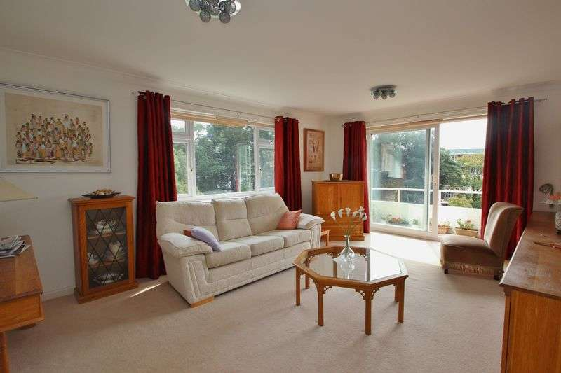 3 Bedrooms Flat for sale in Chine Crescent, Bournemouth