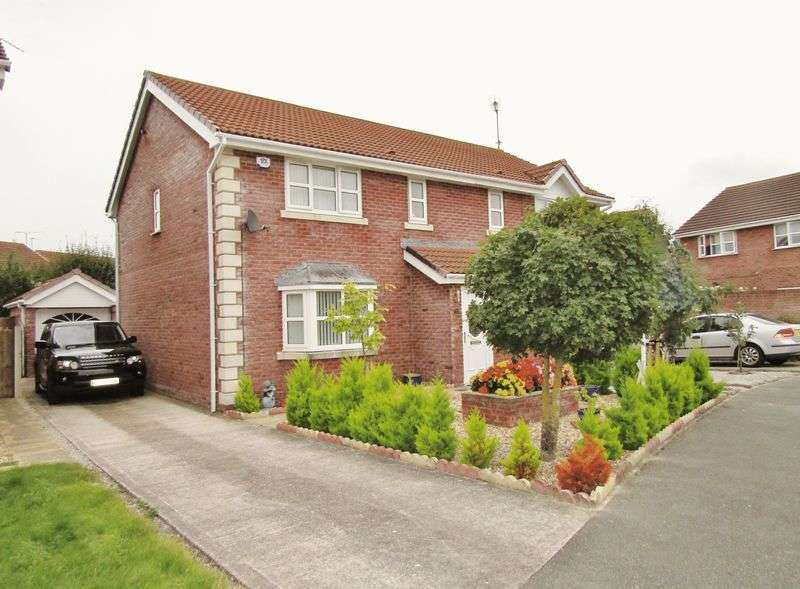3 Bedrooms Semi Detached House for sale in Ffordd Y Berllan, Towyn