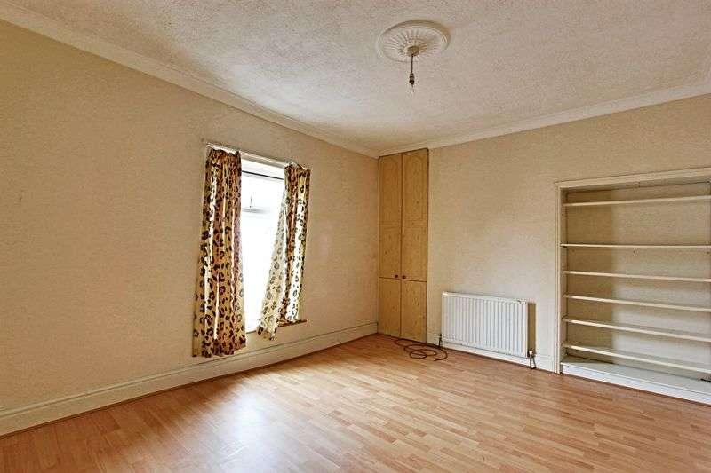 2 Bedrooms Terraced House for sale in Folkestone Street, Hull