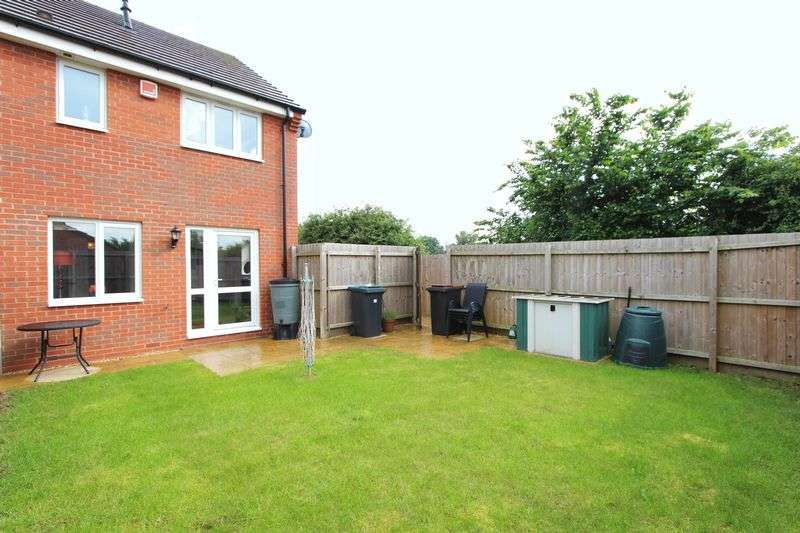 2 Bedrooms Semi Detached House for sale in Old Farm Lane, Newbold Verdon