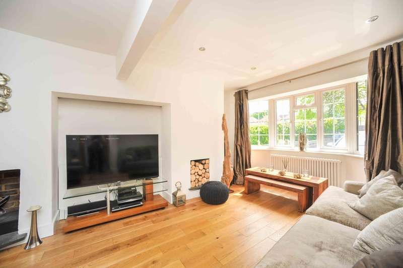 4 Bedrooms Semi Detached House for sale in Marford Road, Wheathampstead, Hertfordshire, AL4