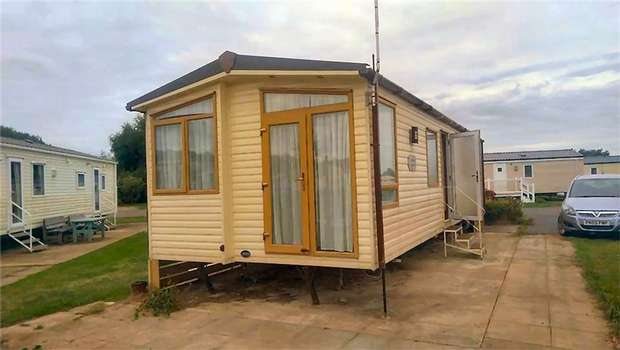 Park Home Mobile Home for sale in ABI Summer Supreme, Manor Park, Hunstanton