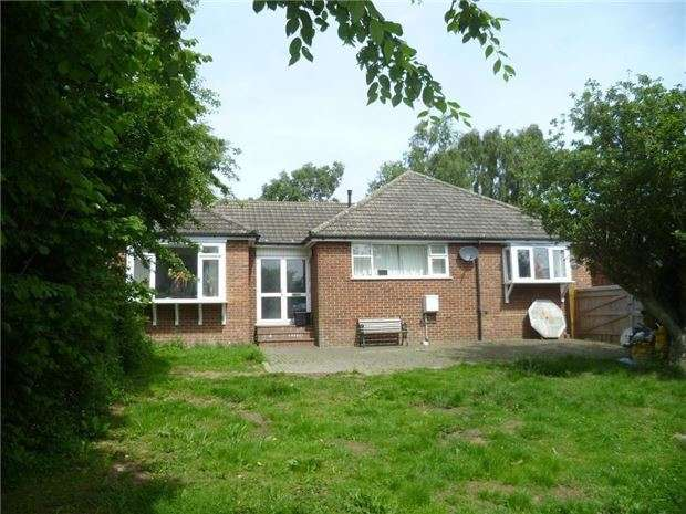 3 Bedrooms Detached House for sale in New Cut, Westfield, HASTINGS, East Sussex, TN35 4RD
