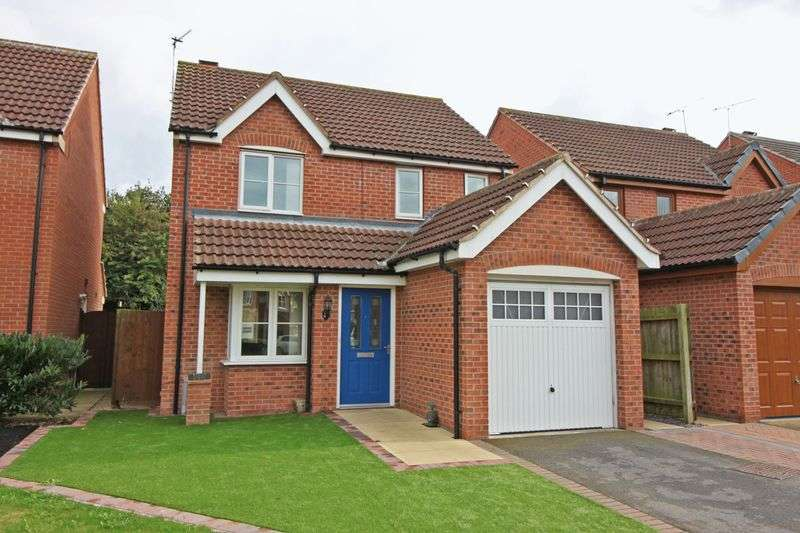 3 Bedrooms Detached House for sale in Hollymount, Retford