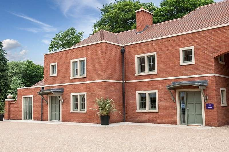 1 Bedroom Ground Flat for sale in Wilkens Place, Audley Chalfont Dene, Rickmansworth Lane, Chalfont St. Peter, SL9
