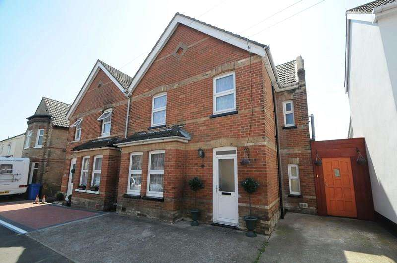 4 Bedrooms Semi Detached House for sale in Gladstone Road, Parkstone, Poole