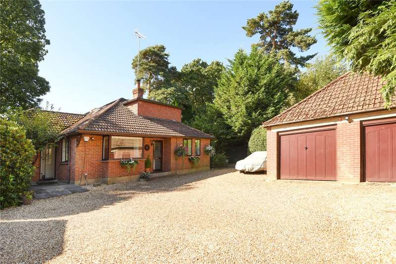4 Bedrooms Detached Bungalow for sale in Gilbert Way, Finchampstead, Wokingham, Berkshire, RG40