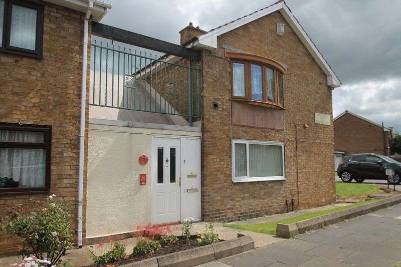 2 Bedrooms Flat for sale in Netley Grove, Priestfields
