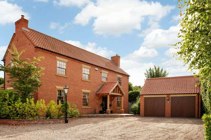 4 Bedrooms Detached House for sale in Hazel Grove, Edwinstowe