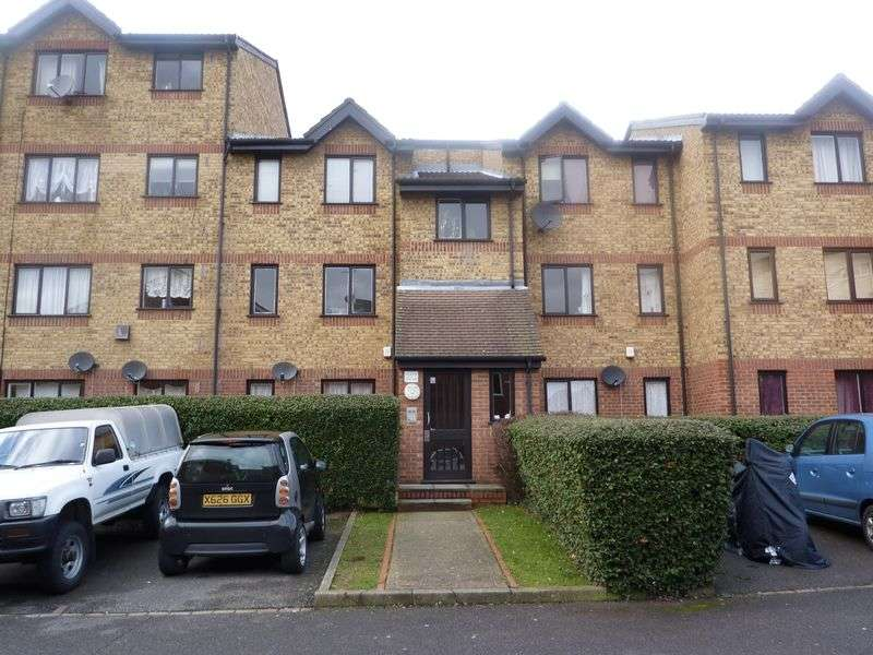 1 Bedroom Flat for sale in Green Pond Close, London