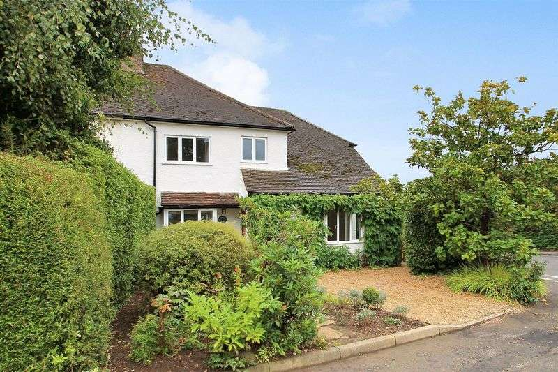 4 Bedrooms Semi Detached House for sale in Send Marsh