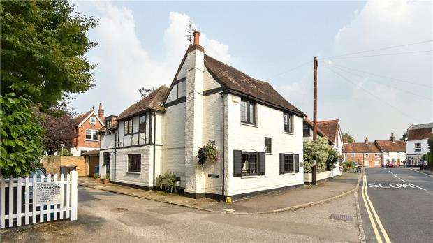 4 Bedrooms Detached House for sale in High Street, Bray, Maidenhead