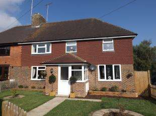 5 Bedrooms Semi Detached House for sale in Basden Cottages, Hawkhurst, Cranbrook, Kent