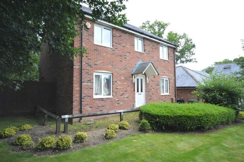 4 Bedrooms Detached House for sale in Francis Copse, Colden Common, Winchester, SO21