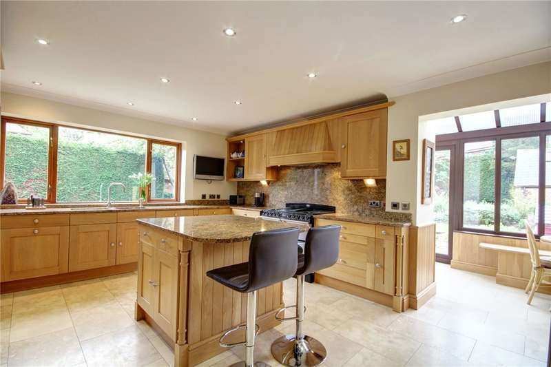 4 Bedrooms Detached House for sale in Bell's Folly, Potters Bank, Durham, DH1