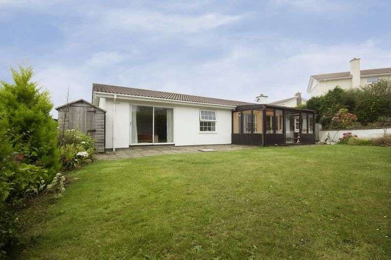 3 Bedrooms Detached Bungalow for sale in St Marys Glebe, Port St. Mary