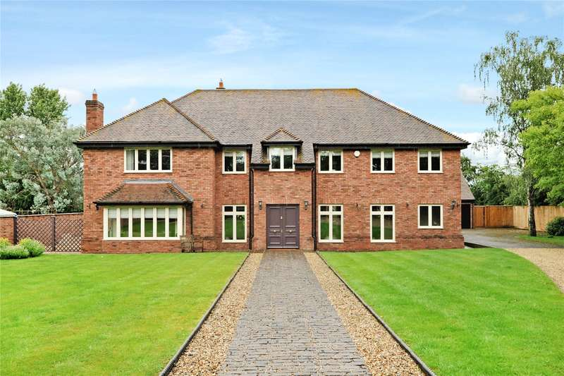 5 Bedrooms Detached House for sale in The Spa, Bowerhill, Wiltshire, SN12