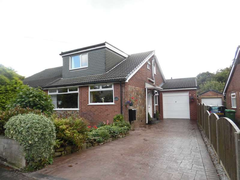 4 Bedrooms Semi Detached Bungalow for sale in Cecil Street, Royton.