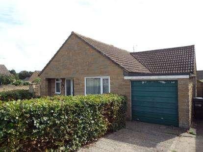 2 Bedrooms Bungalow for sale in Milborne Port, Sherborne, Somerset