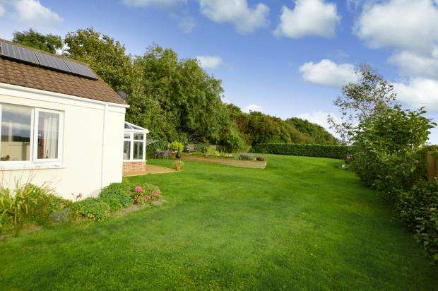 3 Bedrooms Detached Bungalow for sale in Tideford Cross, Saltash, Cornwall