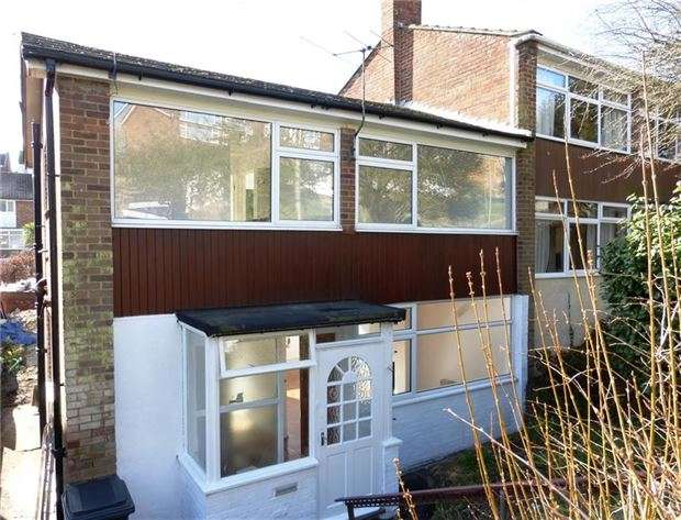 3 Bedrooms Semi Detached House for sale in Briers Avenue, HASTINGS, East Sussex, TN34 2NN