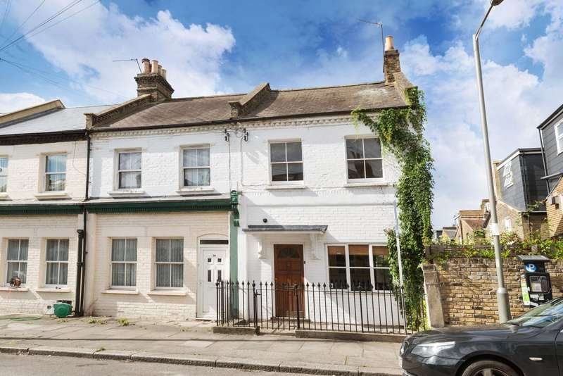 3 Bedrooms End Of Terrace House for sale in Candahar Road, London, SW11