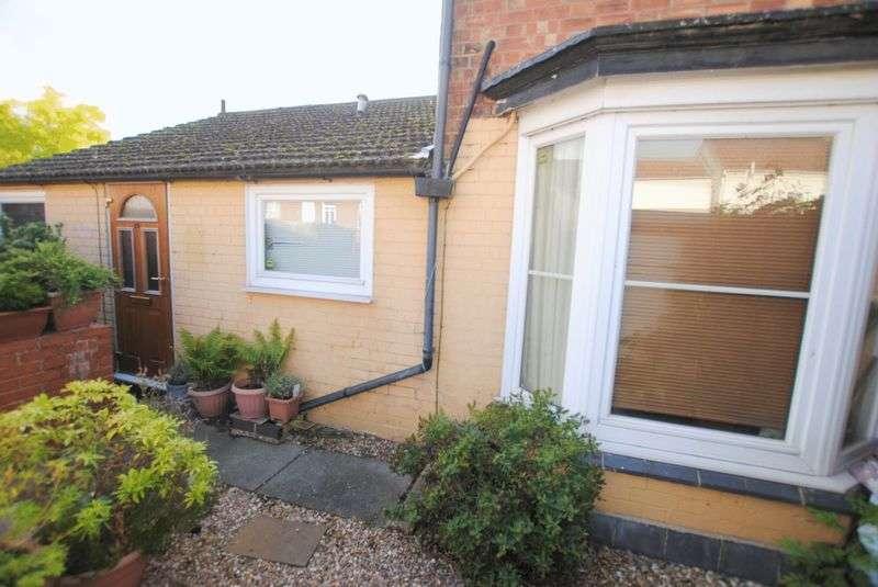 1 Bedroom Flat for sale in Kings Road, Rushden