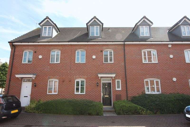 4 Bedrooms Semi Detached House for sale in Waterfields, Retford