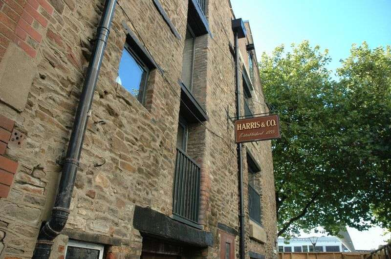 2 Bedrooms Flat for sale in Apartment 10, The Harris Lofts, Narrow Quay